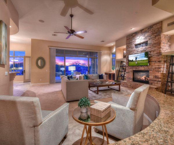Saguaro Highlands, Scottsdale<br>Dan Ward, Berkshire Hathaway<br><strong>Click To View Gallery</strong>