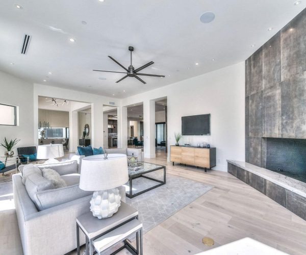 Finisterre, Paradise Valley<br>Brian Kusmer, Hague Partners<br><strong>Click To View Gallery</strong>