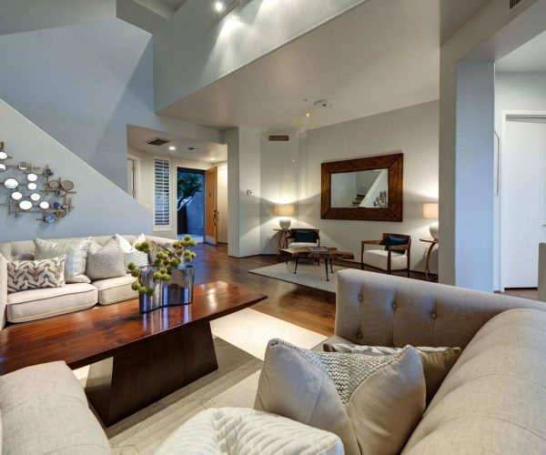Golf Villas at Troon North, Scottsdale<br>Dan Ward, Berkshire Hathaway<br><strong>Click To View Gallery</strong>