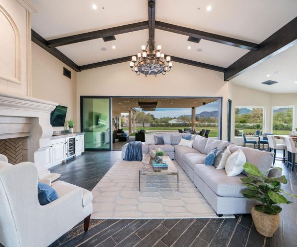 McDowell Ranchos, Scottsdale<br>Marnie Rosenthal, Launch Real Estate