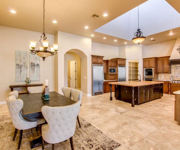 Cardova, Queen Creek<br>Laura Myers - Keller Williams<br><strong>Click To View Gallery</strong>